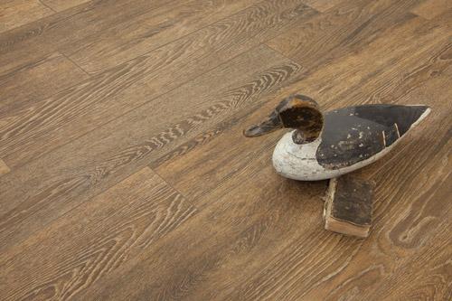 Saison Wood Look Tile